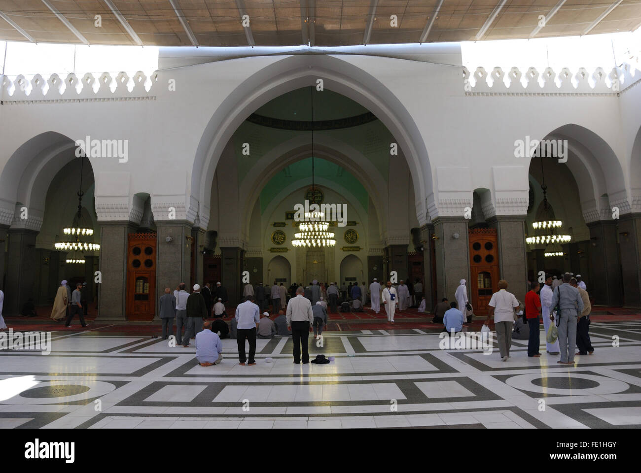 Worshipers at Masjid Quba, the very first Mosque that was built, Medina, Saudi Arabia - Stock Image
