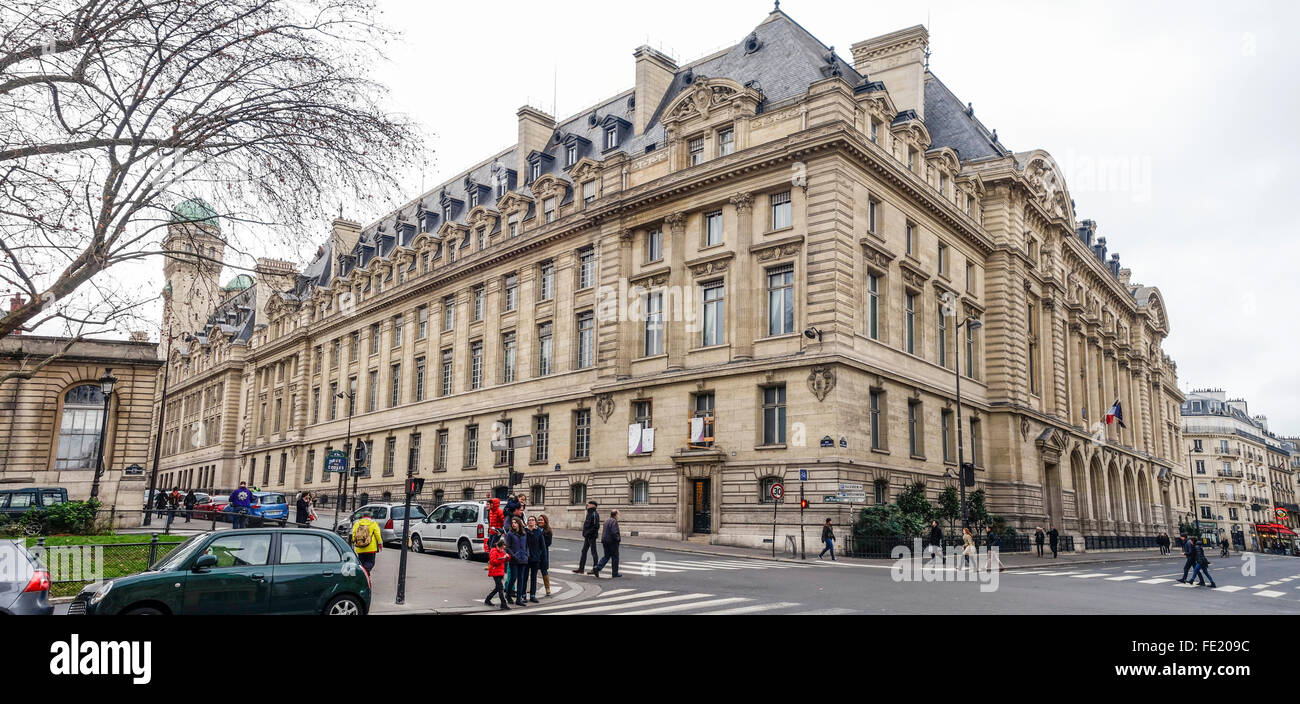Main building Paris Sorbonne University, Paris IV, Université Paris Sorbonne, public research university in Paris, Stock Photo