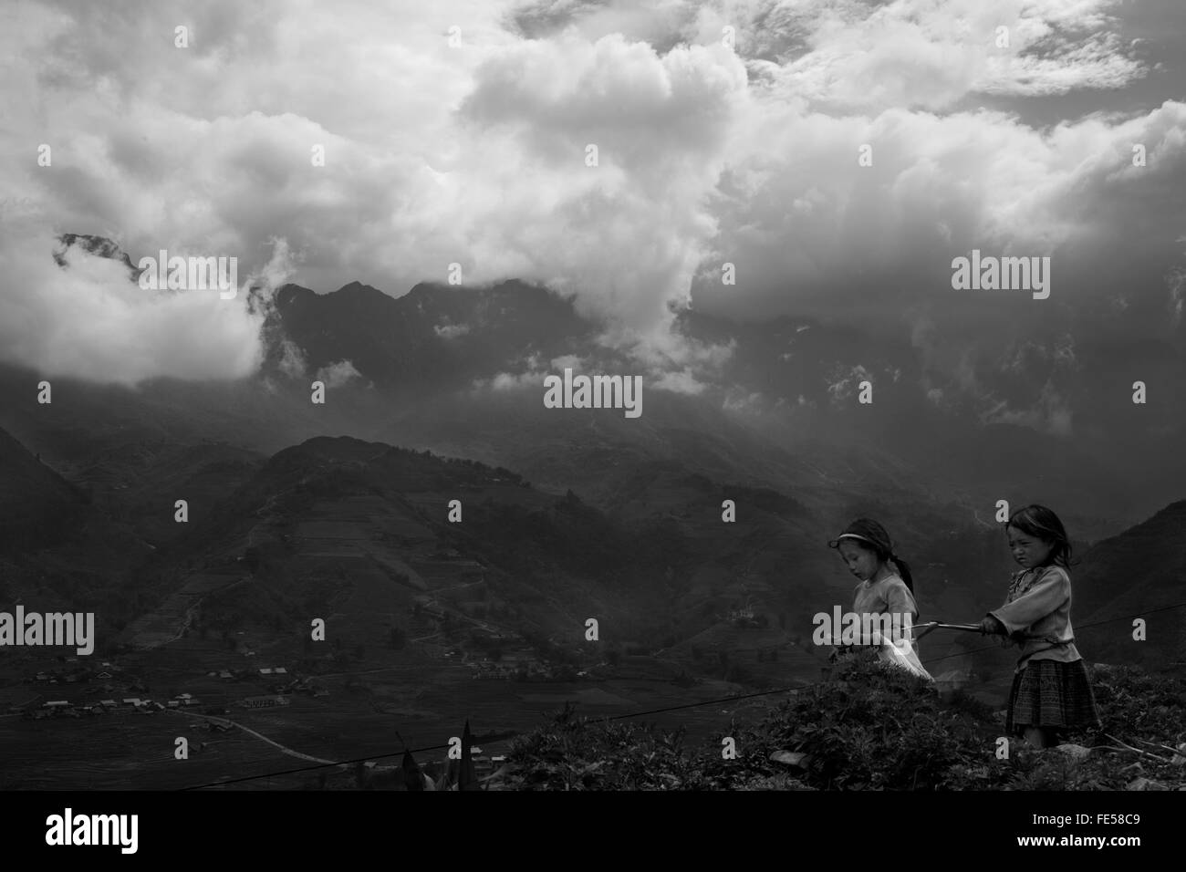 children in mountain in the north Vietnam - Stock Image