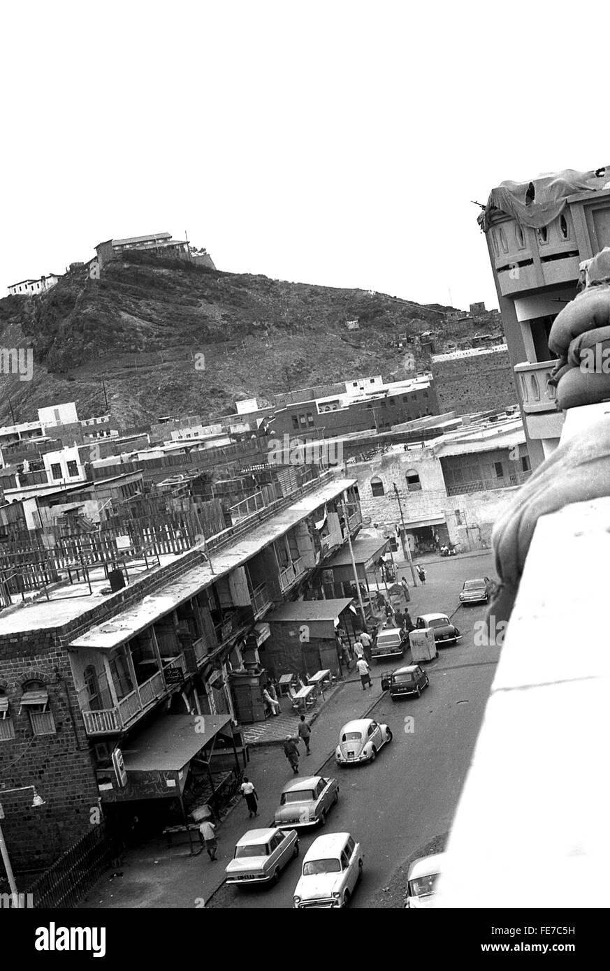 Machine guns watching over Aden Yemen 1967 withdrawal - Stock Image