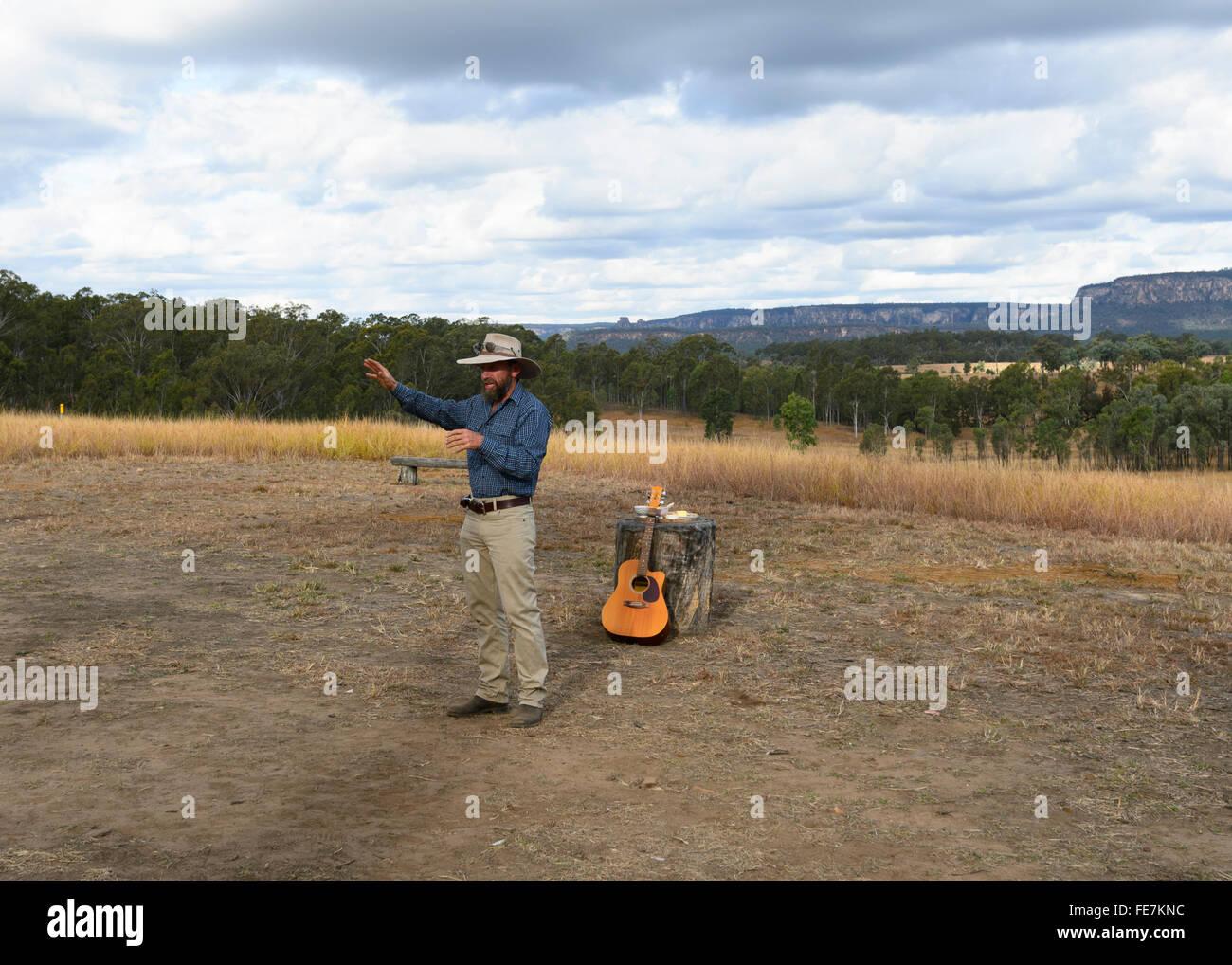 Cattle Station Owner telling a story, Bandana Station, near Carnarvon Gorge, Queensland, QLD, Australia - Stock Image