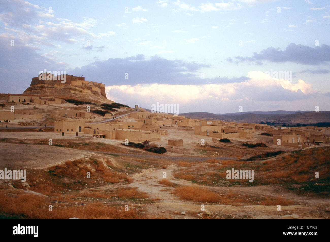 citadel and crusader castle of Qalat Nejm in desert of Syria - Stock Image