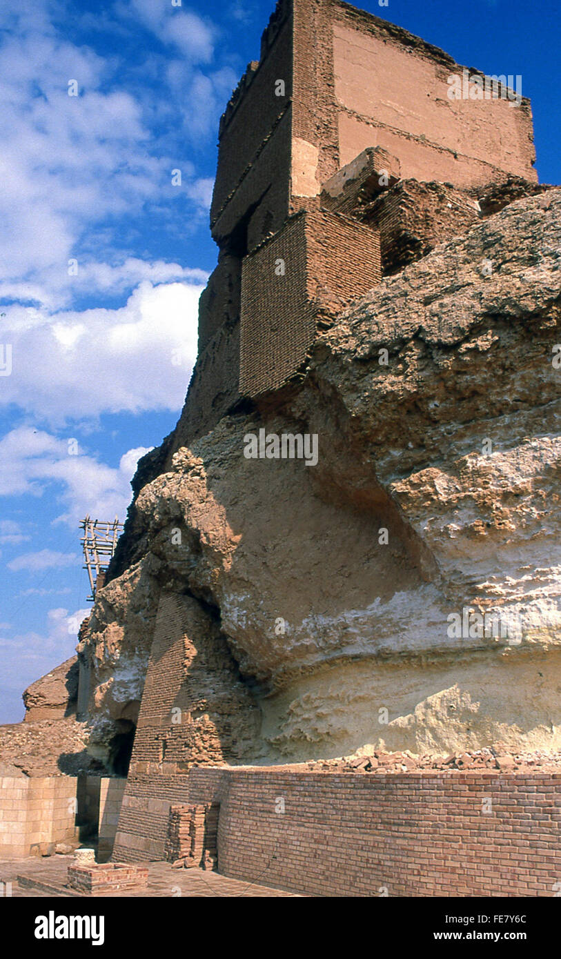 citadel of Qalat Jabr crusader castle built on rock near Euphrates River Syria - Stock Image
