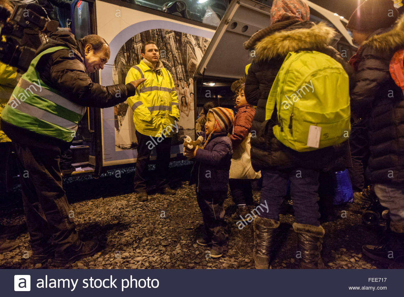 refugees arrive at Cologne airport train station on a special train from german border town Passau to start the Stock Photo