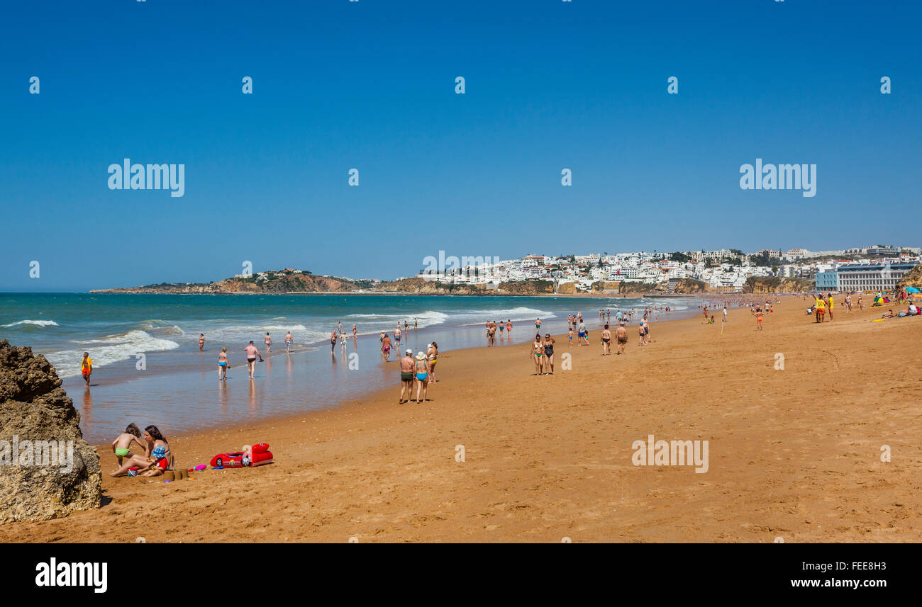 Portugal, Algarve, Faro distrikt, Albufeira, view of Praia dos Alemaes - Stock Image