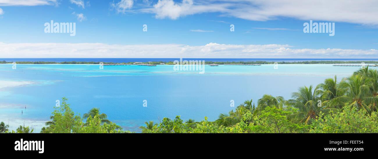 View of lagoon and motu, Bora Bora, Society Islands, French Polynesia - Stock Image