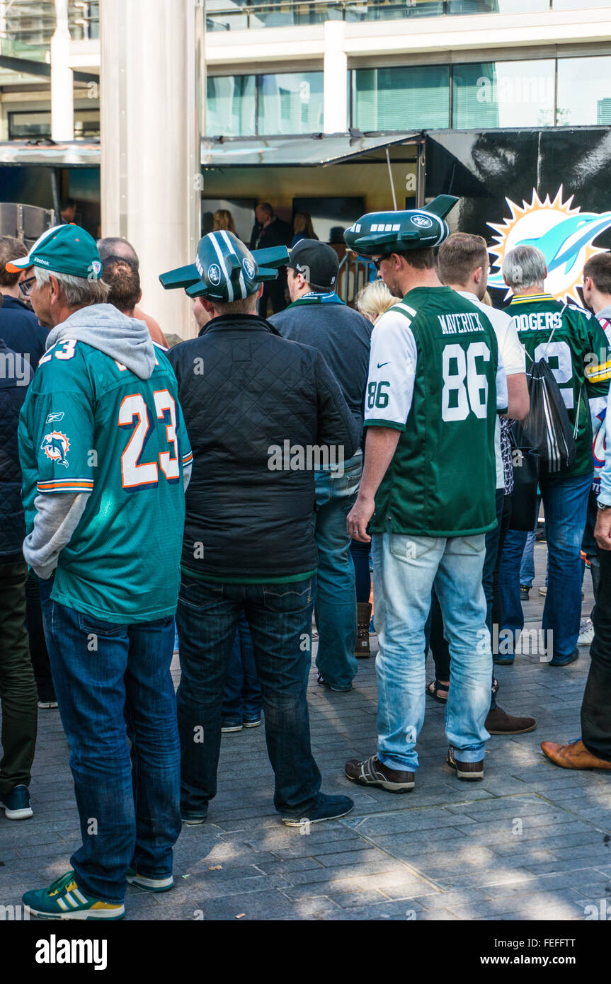 New York Jets and Miami Dolphins fans before the NFL International ...