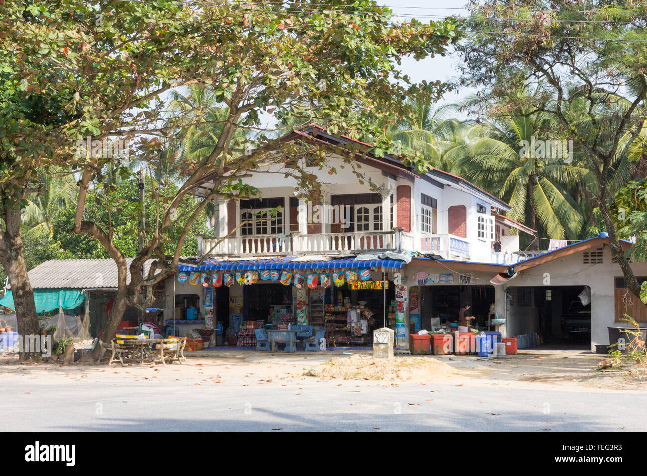 Sichon, Thailand-February 12th 2015: A typical rural house and shop. Owners of shops usually live upstairs on the - Stock Image