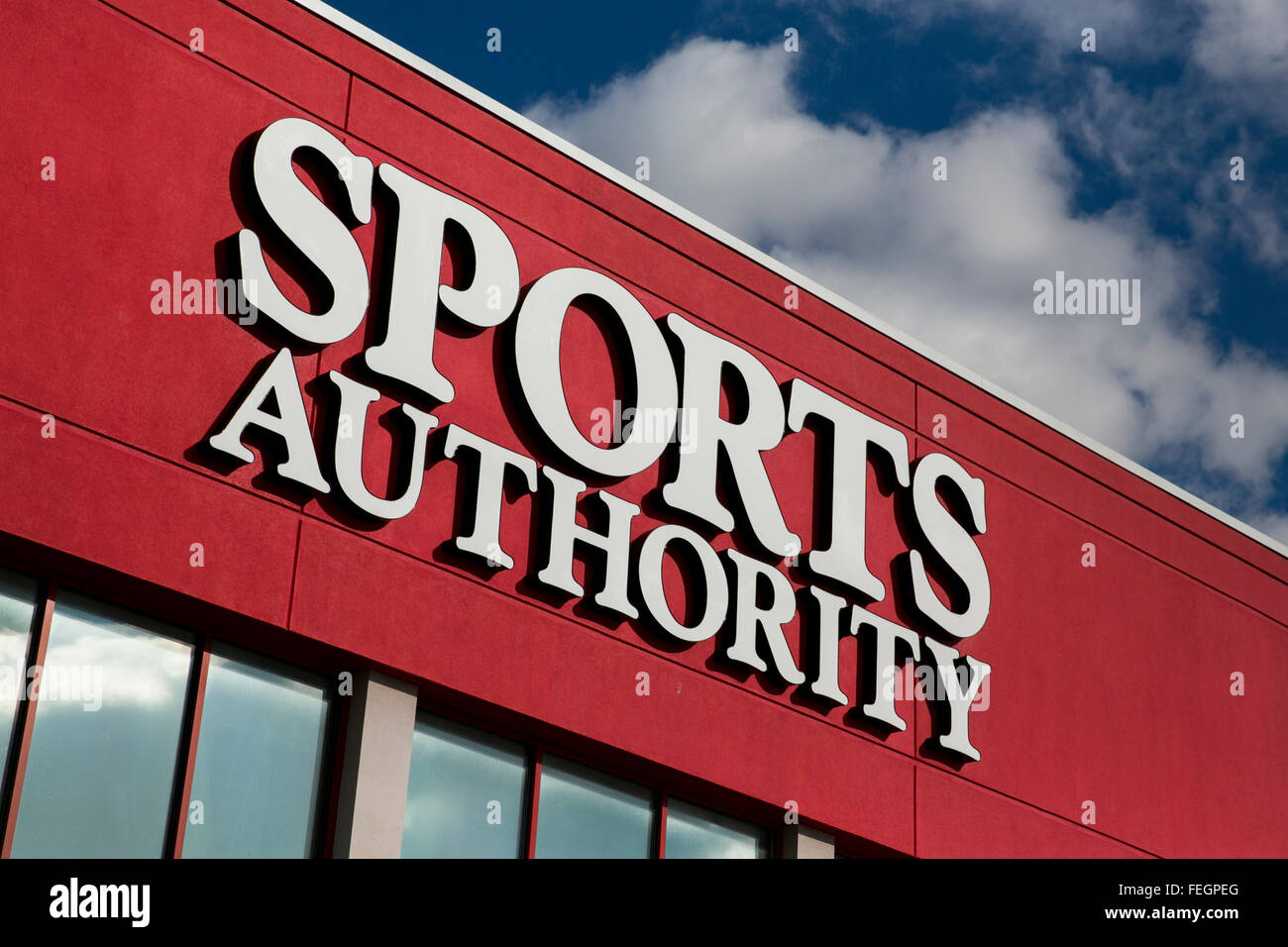 A Sports Authority retail store in Frederick, Maryland on February 5, 2016. - Stock Image