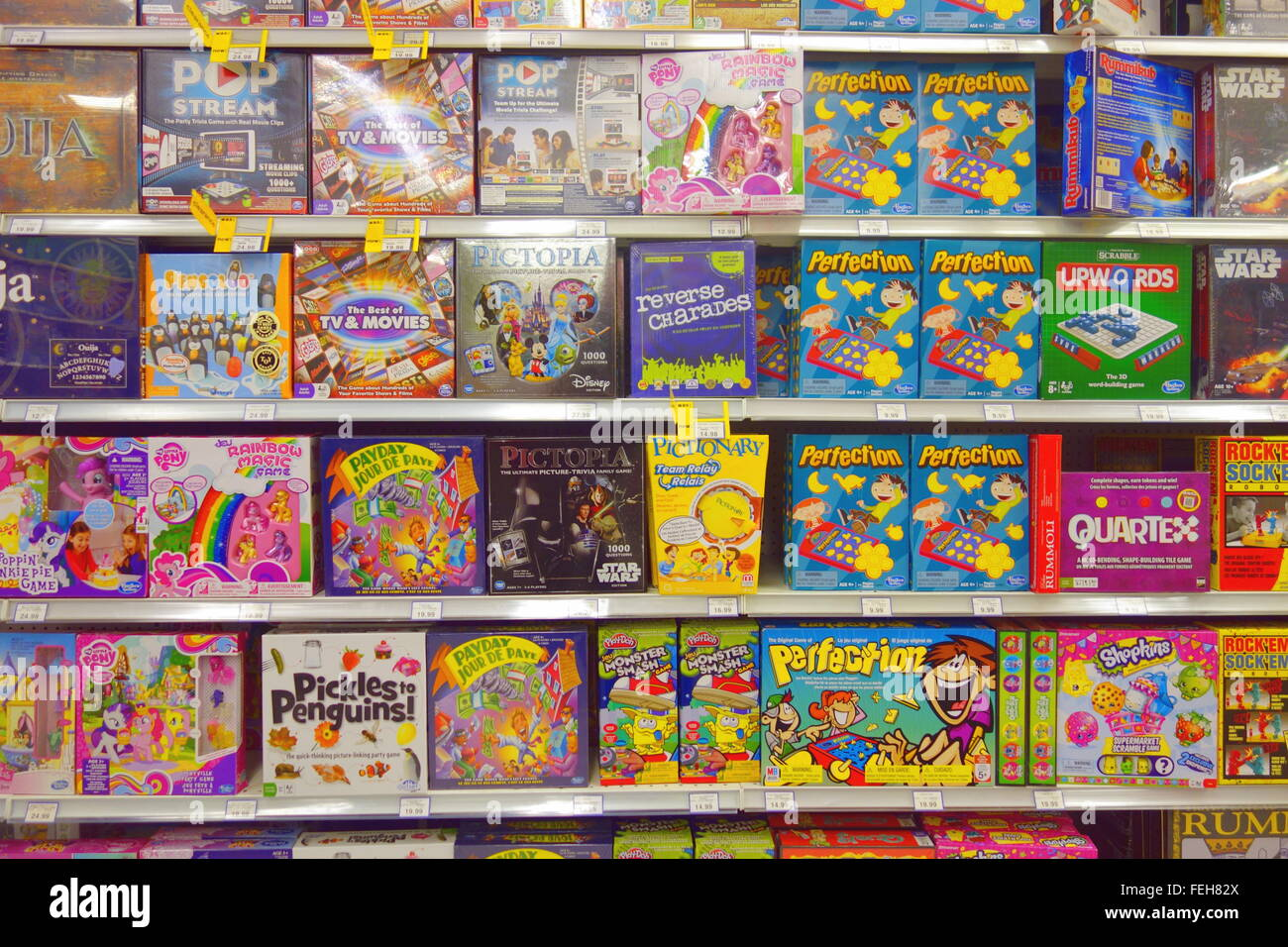 Children Board Games At A Toys R Us Store In Toronto Canada Stock