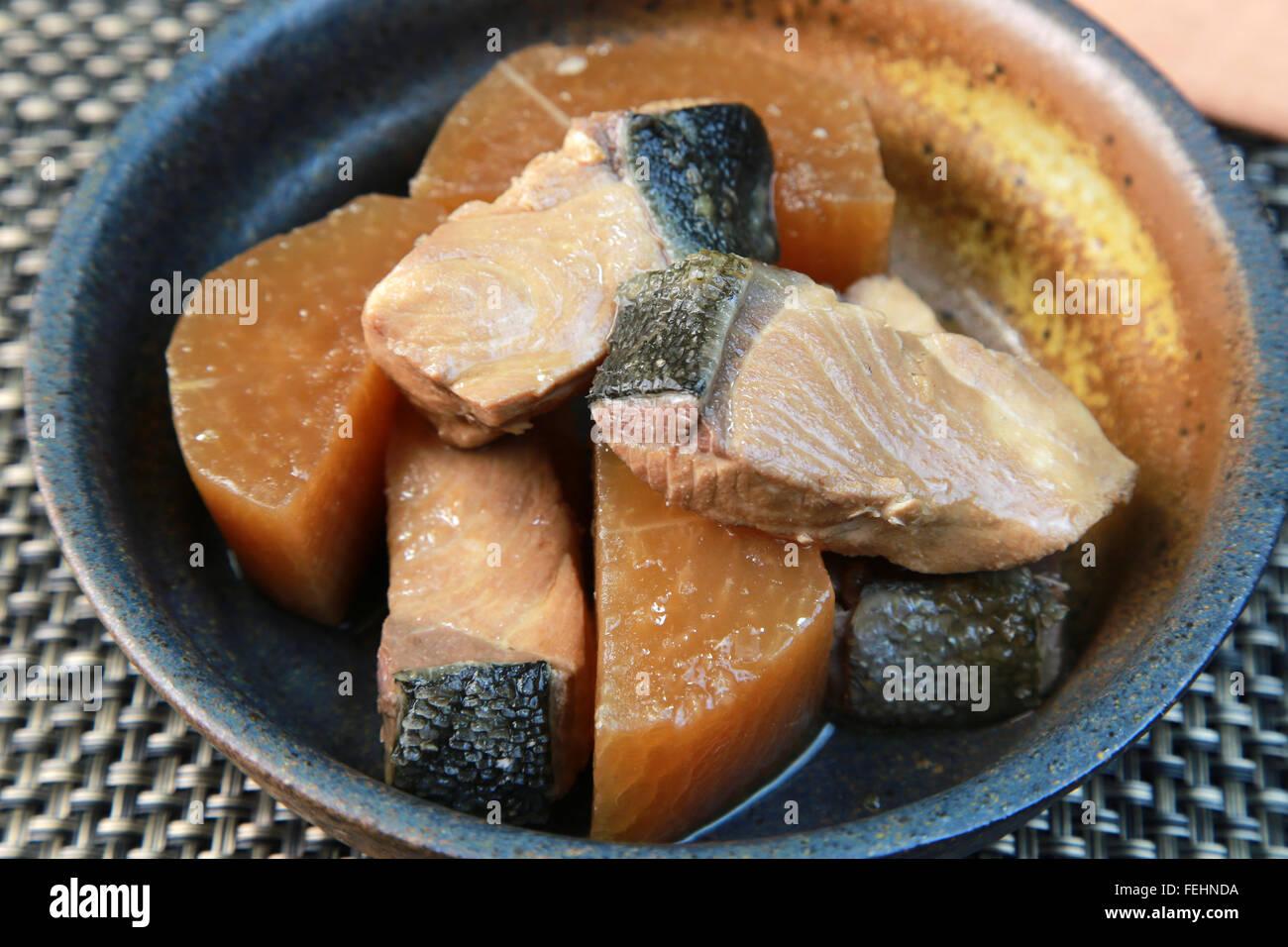 Yellowtail and Japanese radish - Stock Image