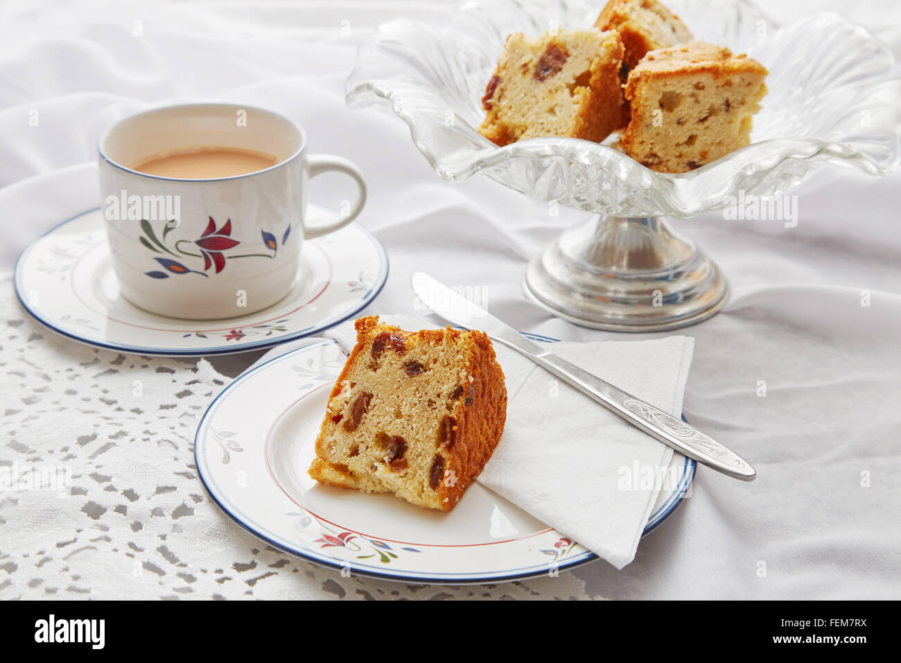Traditional tea and cake in the UK. - Stock Image