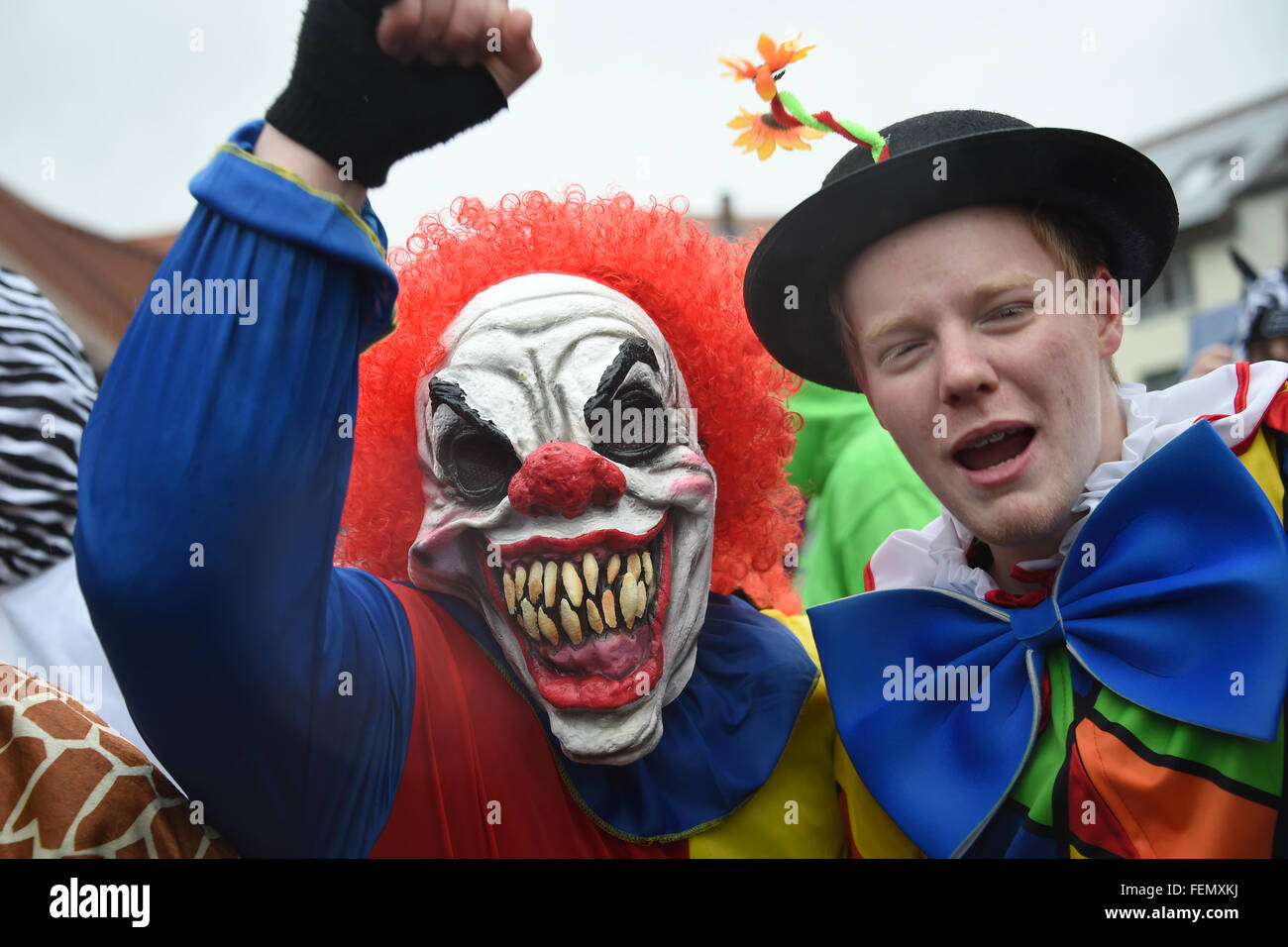 Herbststein, Germany. 08th Feb, 2016. Carnival revellers celebrate despite rainy weather during the traditional - Stock Image