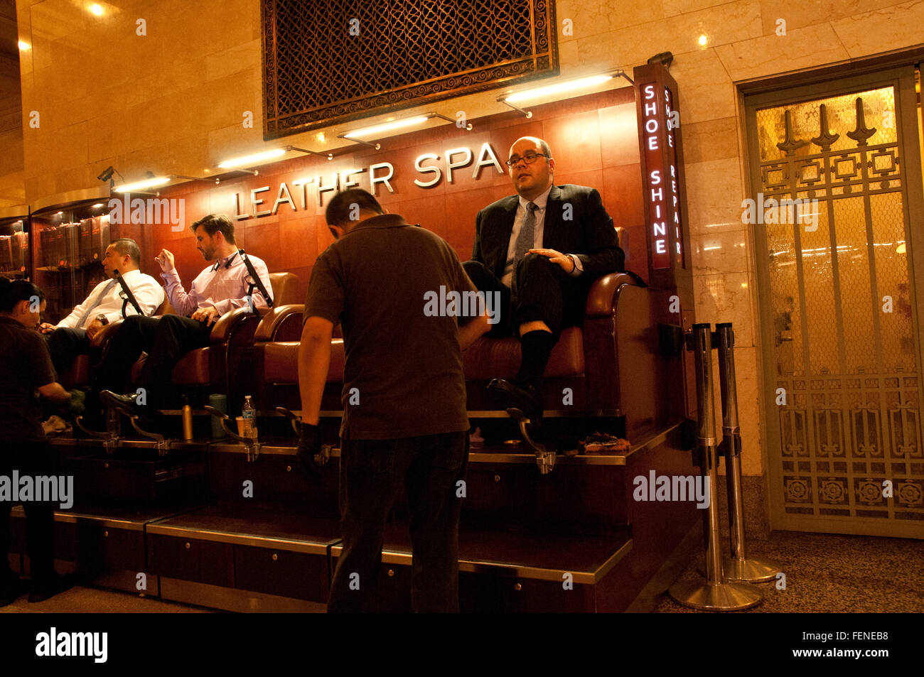 Shoe shinning stand in Grand Central station Manhatten New York City - Stock Image