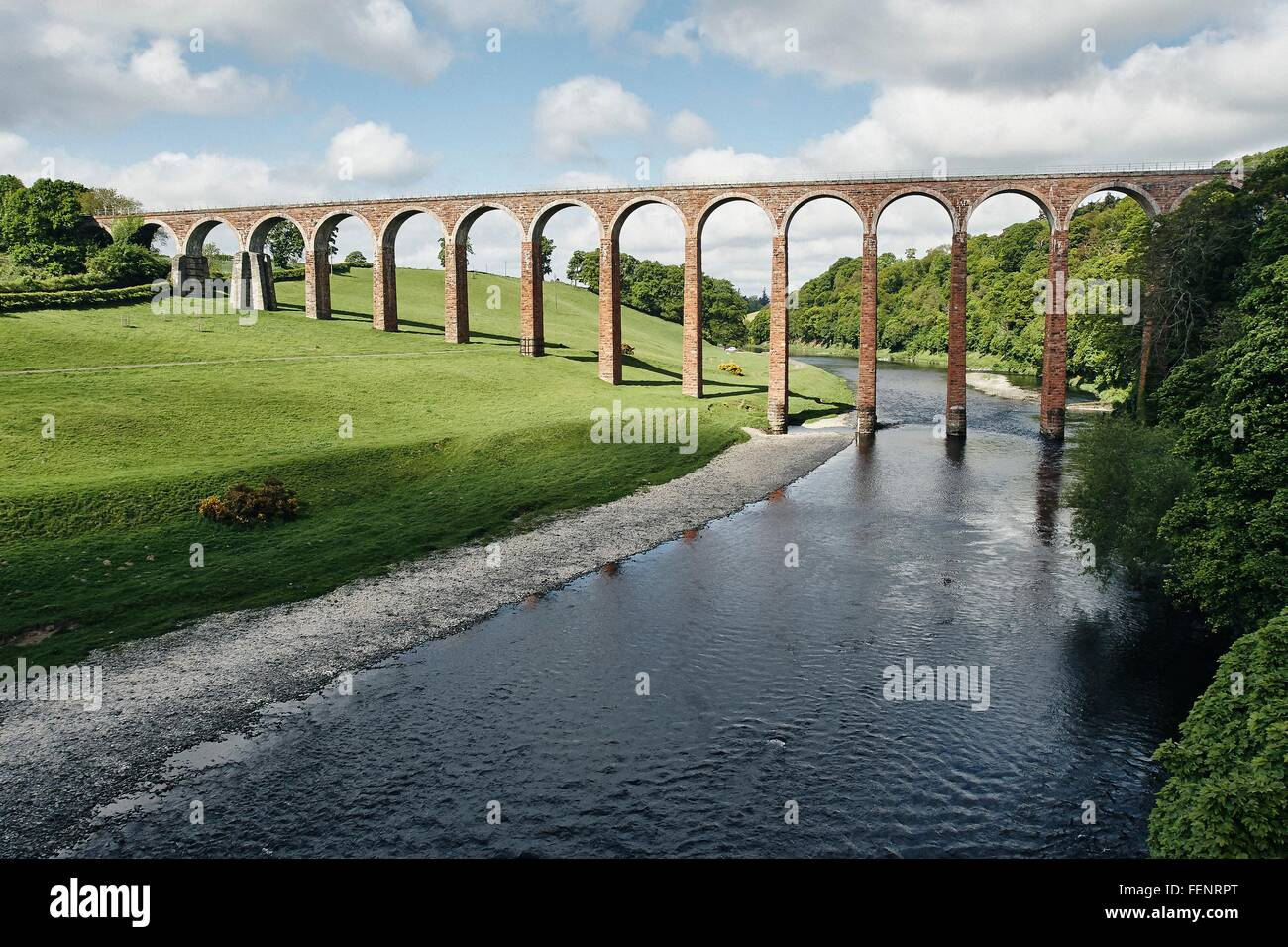 Elevated view of river and Leaderfoot railway viaduct, Melrose, Scotland - Stock Image