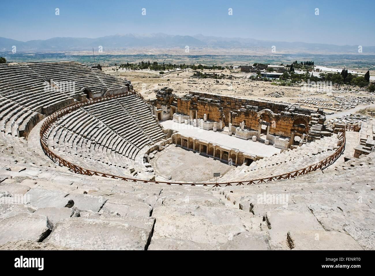 Elevated view of ancient Roman amphitheatre, Hierapolis, Pamukkale, Anatolia, Turkey - Stock Image