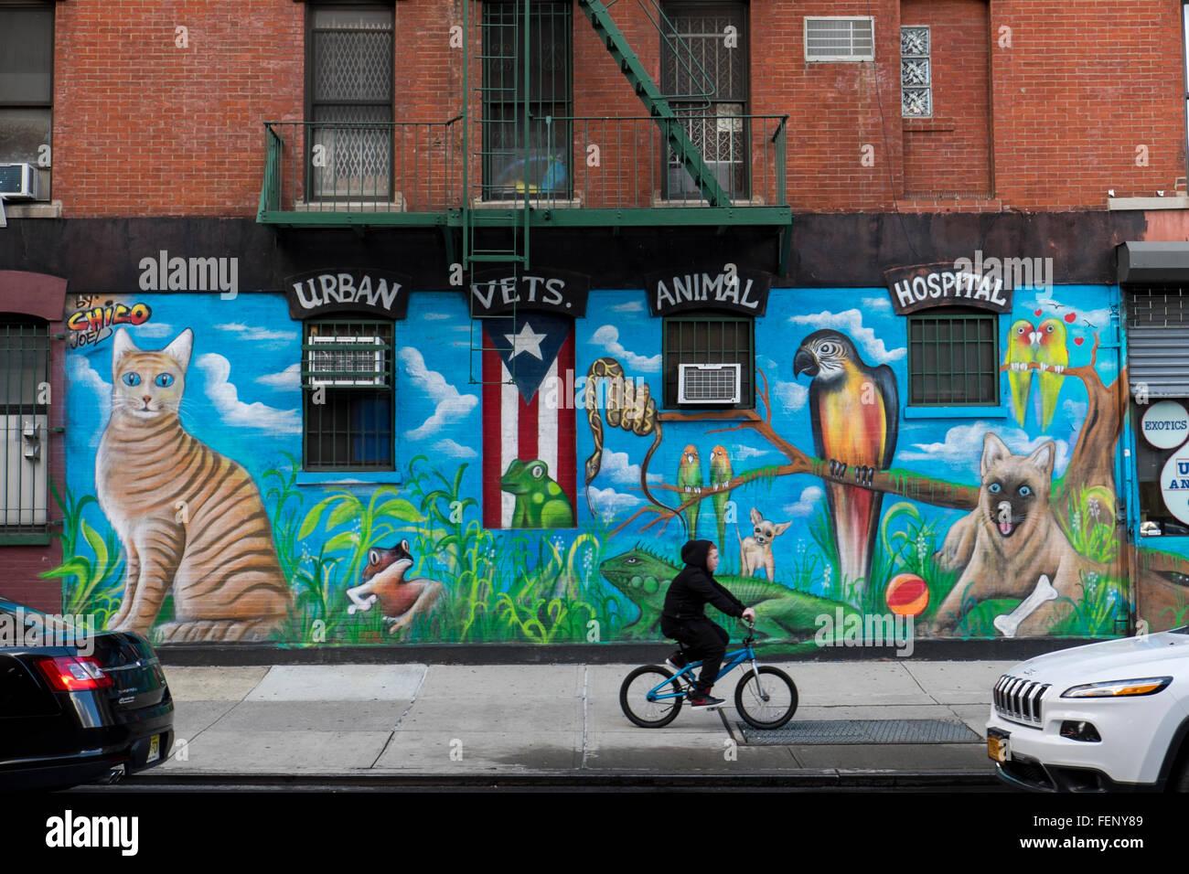 Urban Vets Animal Hospital, East Village, NYC - Stock Image