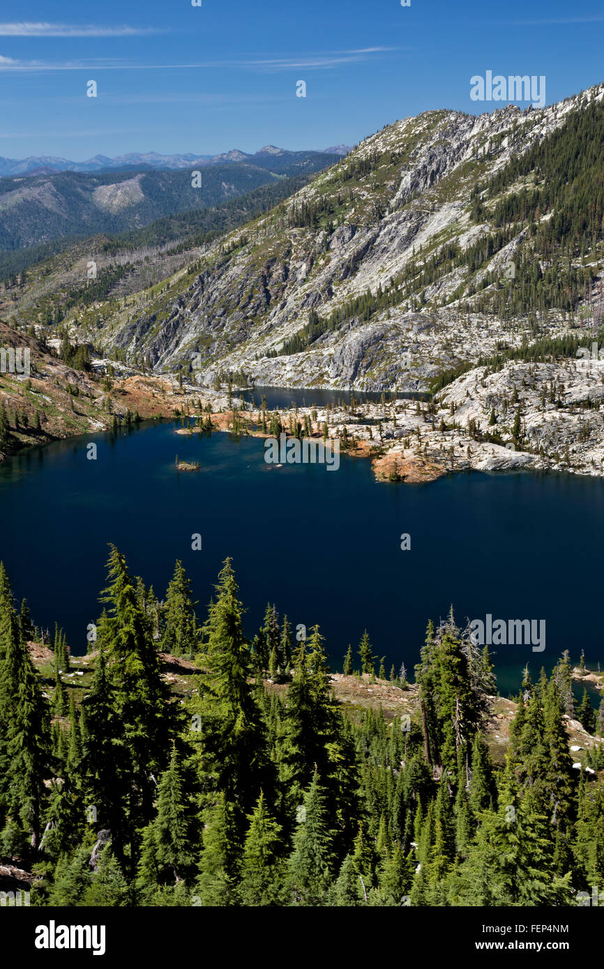 CALIFORNIA - Caribou and Lower Caribou Lakes from the summit of the Caribou Scramble in the Trinity Alps Wilderness. - Stock Image