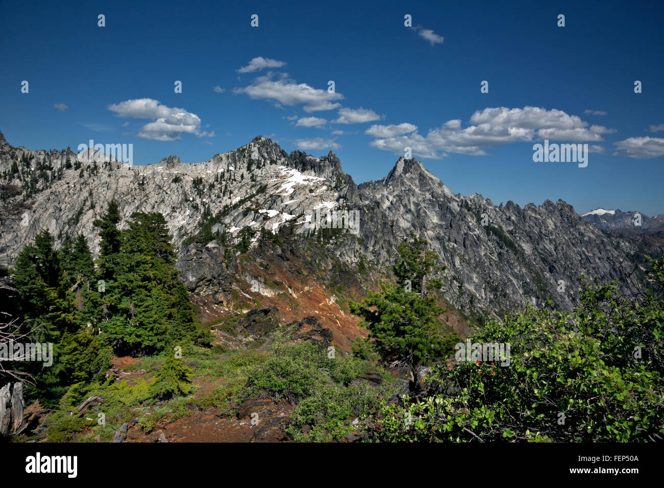 CALIFORNIA - Sawtooth Ridge from the summit of the Caribou Scramble in Trinity Alps Wilderness of Shasta-Trinity - Stock Image