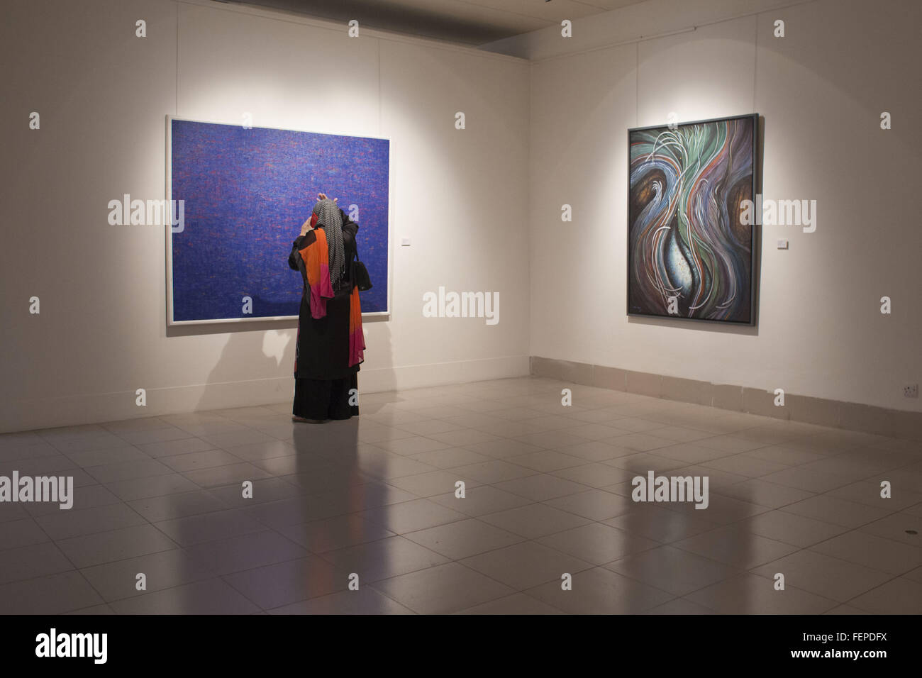 Dhaka, Bangladesh. 8th Feb, 2016. Art lovers flock to the third edition of Dhaka Art Summit, Dhaka, Bangladesh. - Stock Image