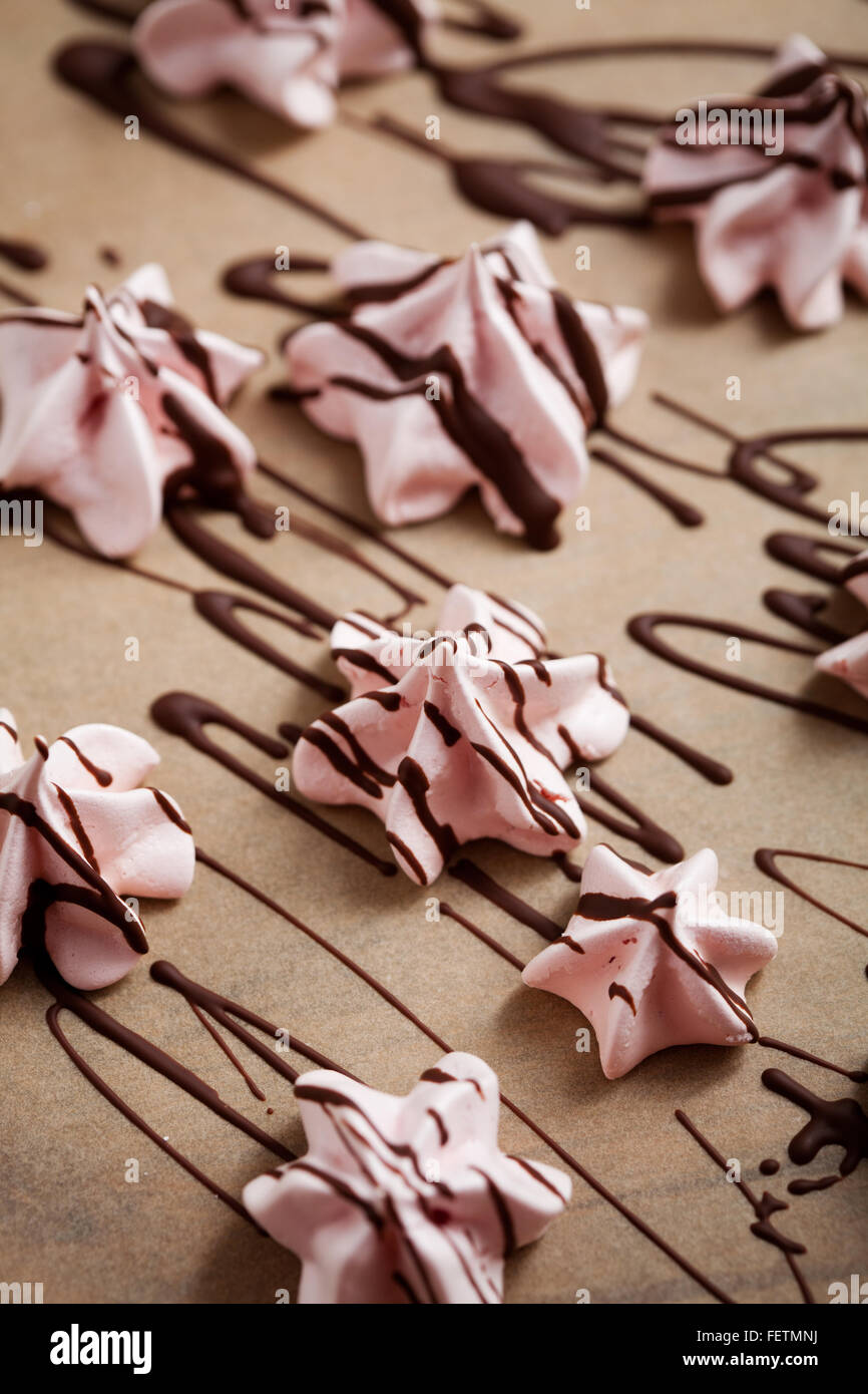 Pink meringues for Valentine´s Day - Stock Image