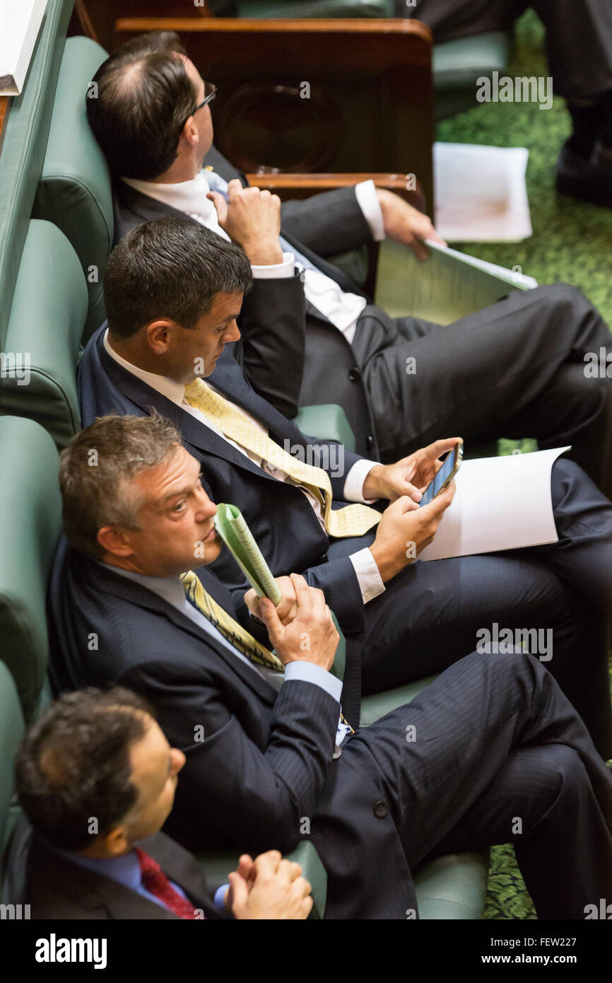 Melbourne, Australia. 9th February, 2016. Opposition Senior Ministers watch on in Question Time as Parliament resumes - Stock Image