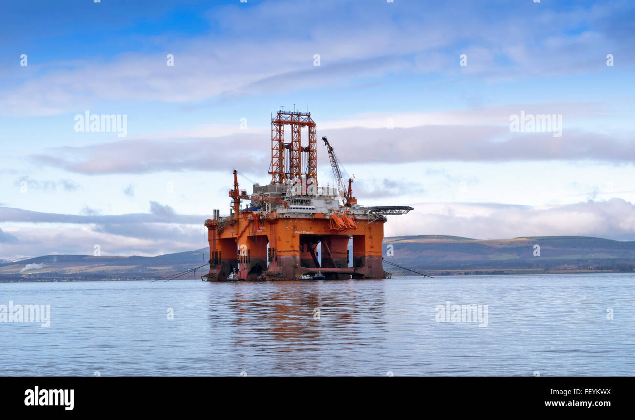 NORTH SEA OIL RIG WEST PHOENIX ANCHORED IN THE CROMARTY FIRTH BLACK ISLE SCOTLAND - Stock Image
