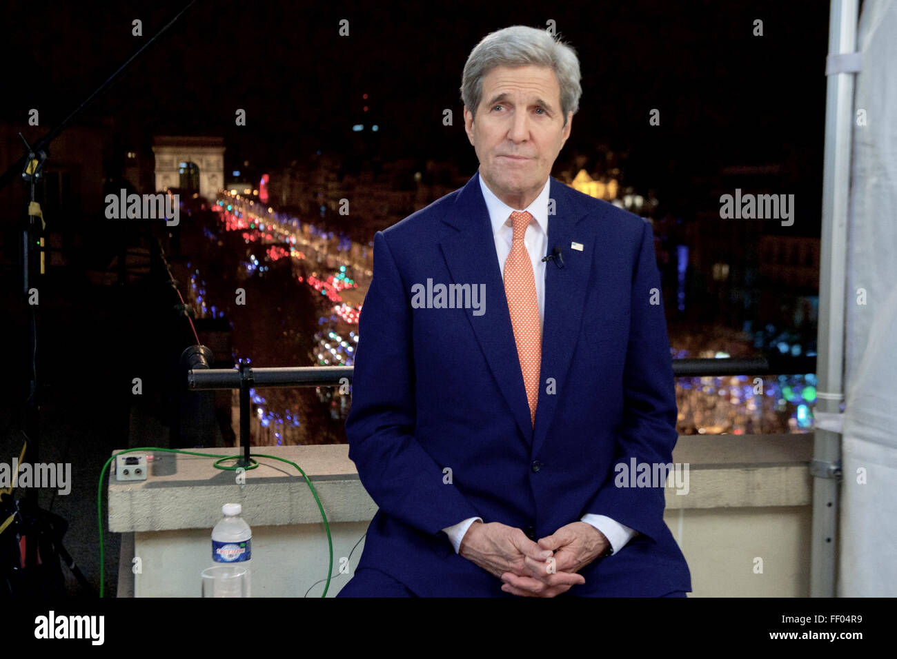 Secretary Kerry Tapes A Series Of Sunday News Program Interviews Following The COP21 Climate Change Conference Stock Photo