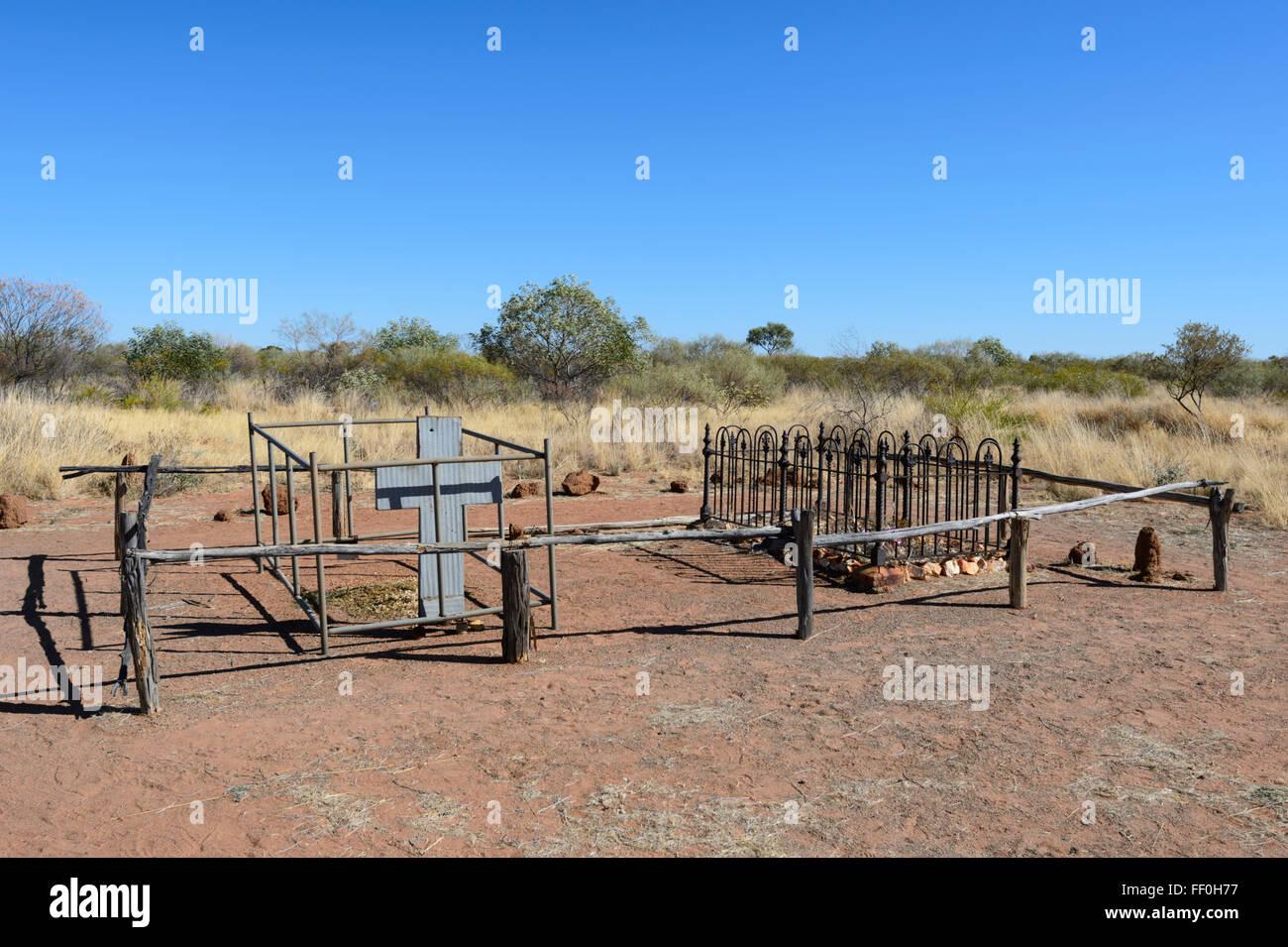 Pioneers Graves, Tennant Creek Telegraph Station, Northern Territory, Australia - Stock Image