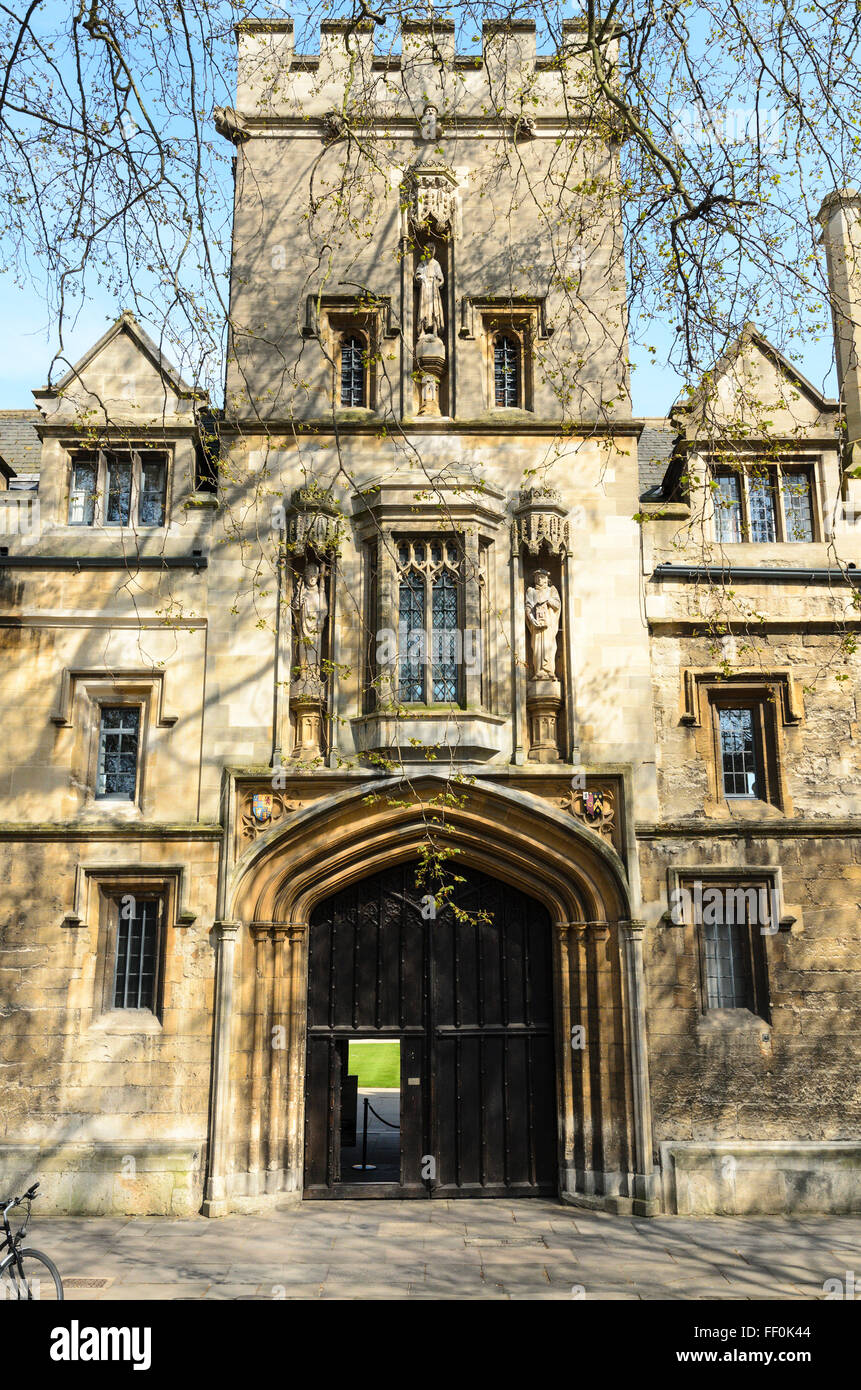 The entrance to St John's College, St Giles, Oxford, Oxfordshire, England, UK. Stock Photo