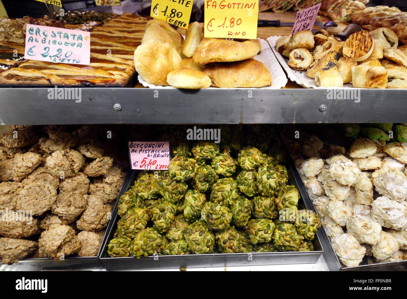 pastries in a deli shop in Rome Stock Photo