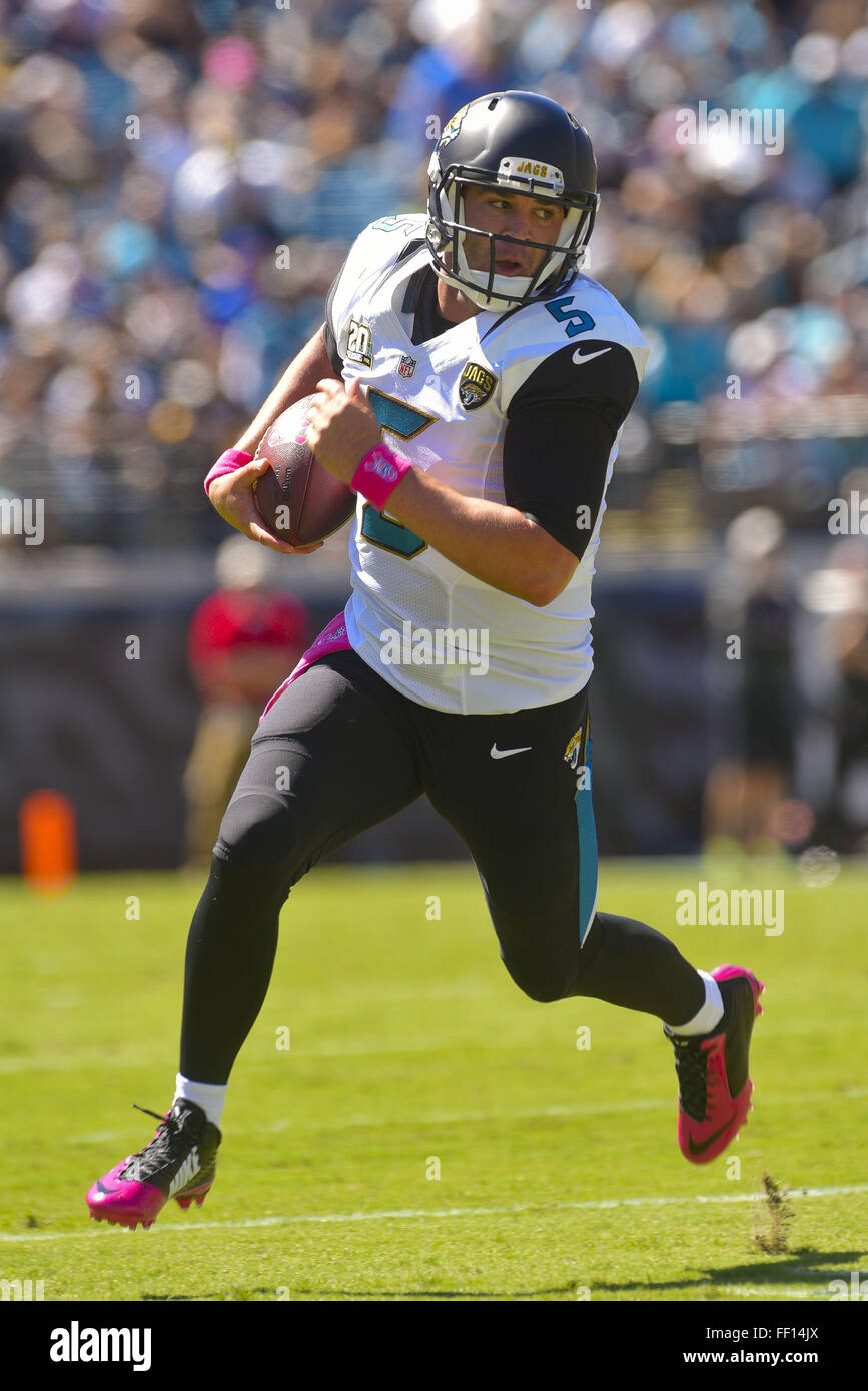 Jacksonville, Florida, USA. 5th Oct, 2014. Jacksonville Jaguars quarterback Blake Bortles (5) runs with the ball - Stock Image