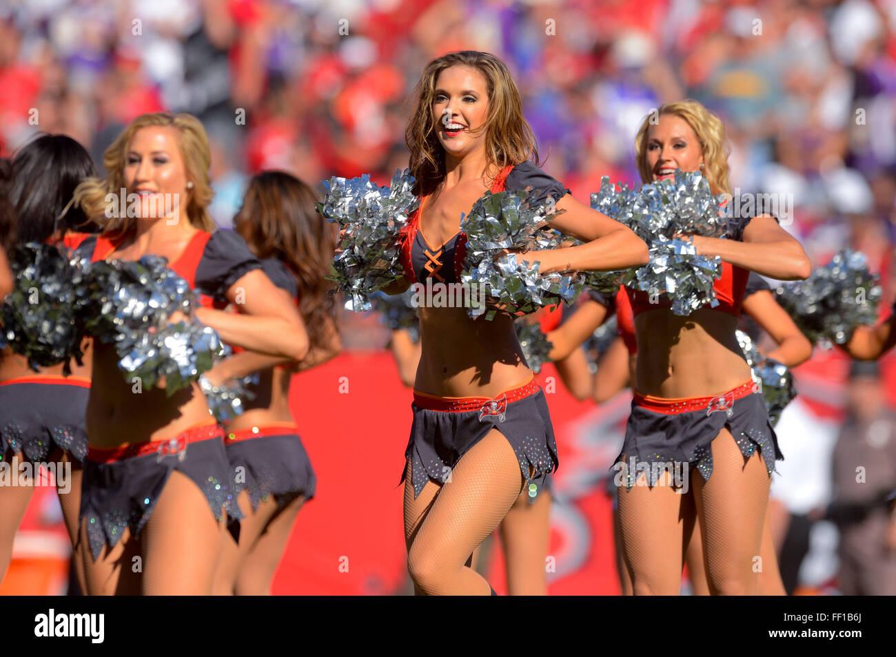 NFL cheerleaders dating voetbalspelers Zie je hart dating