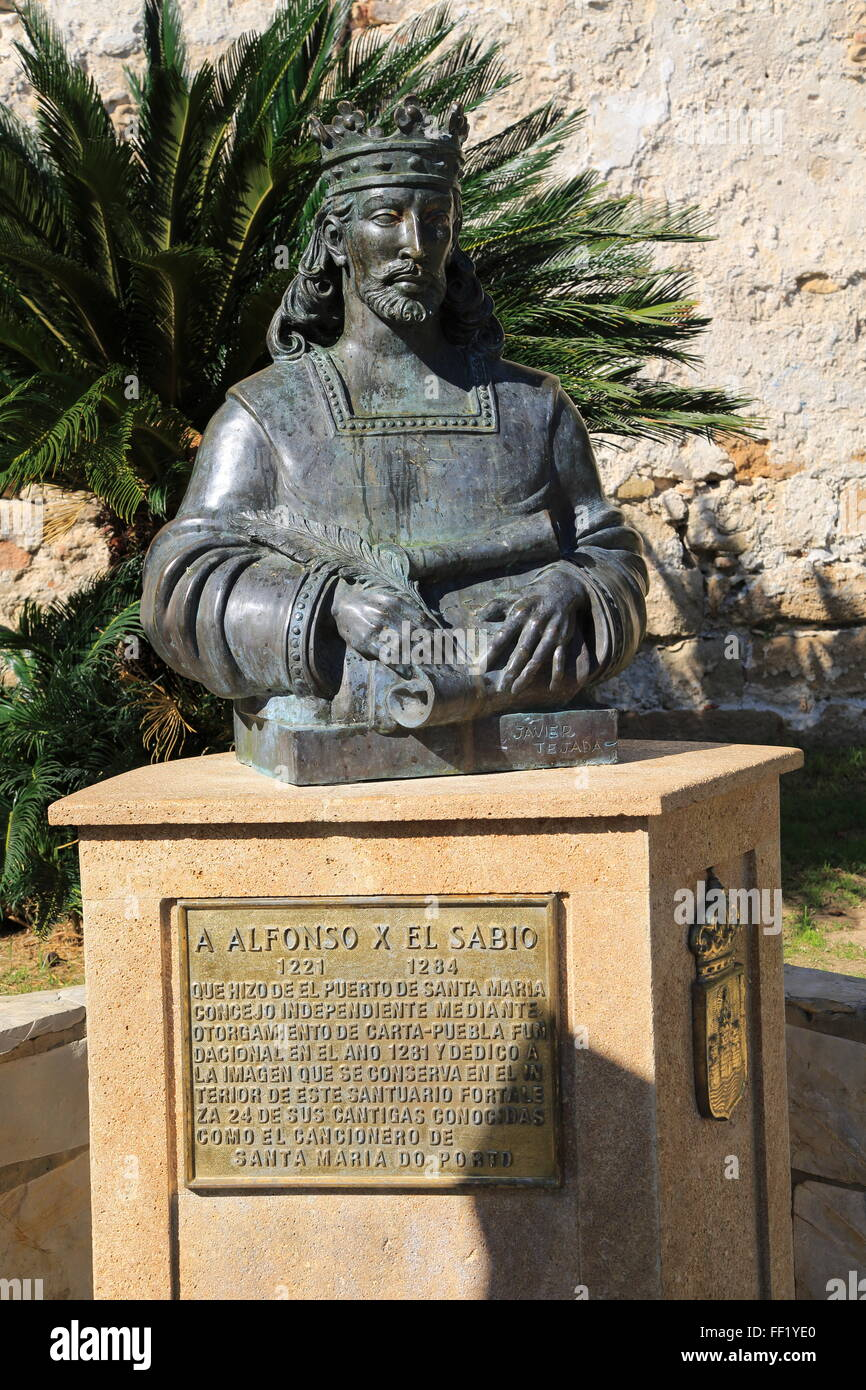 Bust statue of King Alfonso the Wise, ruler of Castile and Leon, 1221-1284, Castillo de San Marcos, Puerto de Santa - Stock Image