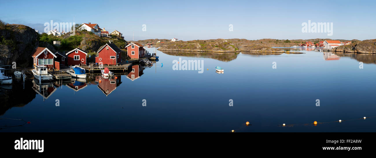 Red fishermen's huts and isRMands in archipeRMago, Stocken, Orust, BohusRMan Coast, Southwest Sweden, Sweden, - Stock Image