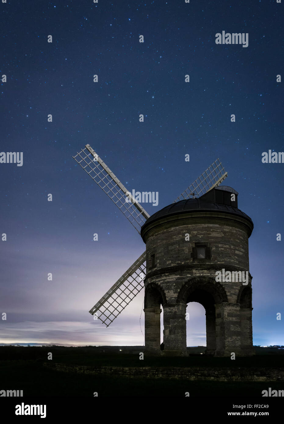 Chesterton Windmill at night with a stary sky, Warwickshire, England, UK - Stock Image