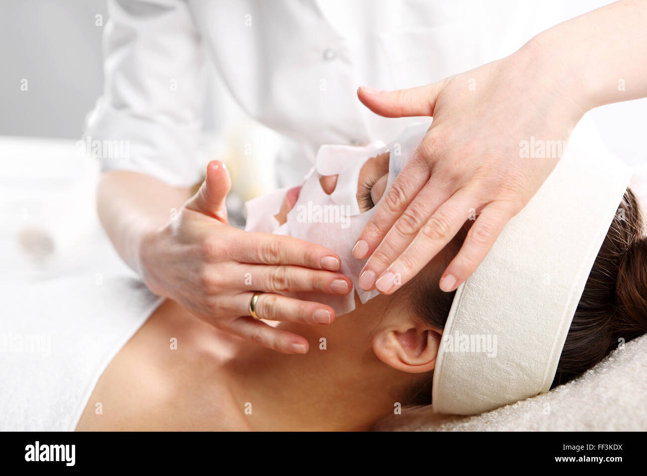 Spa And Wellness Relaxing Facial Massage Relaxing Massage Of The Stock Photo Alamy