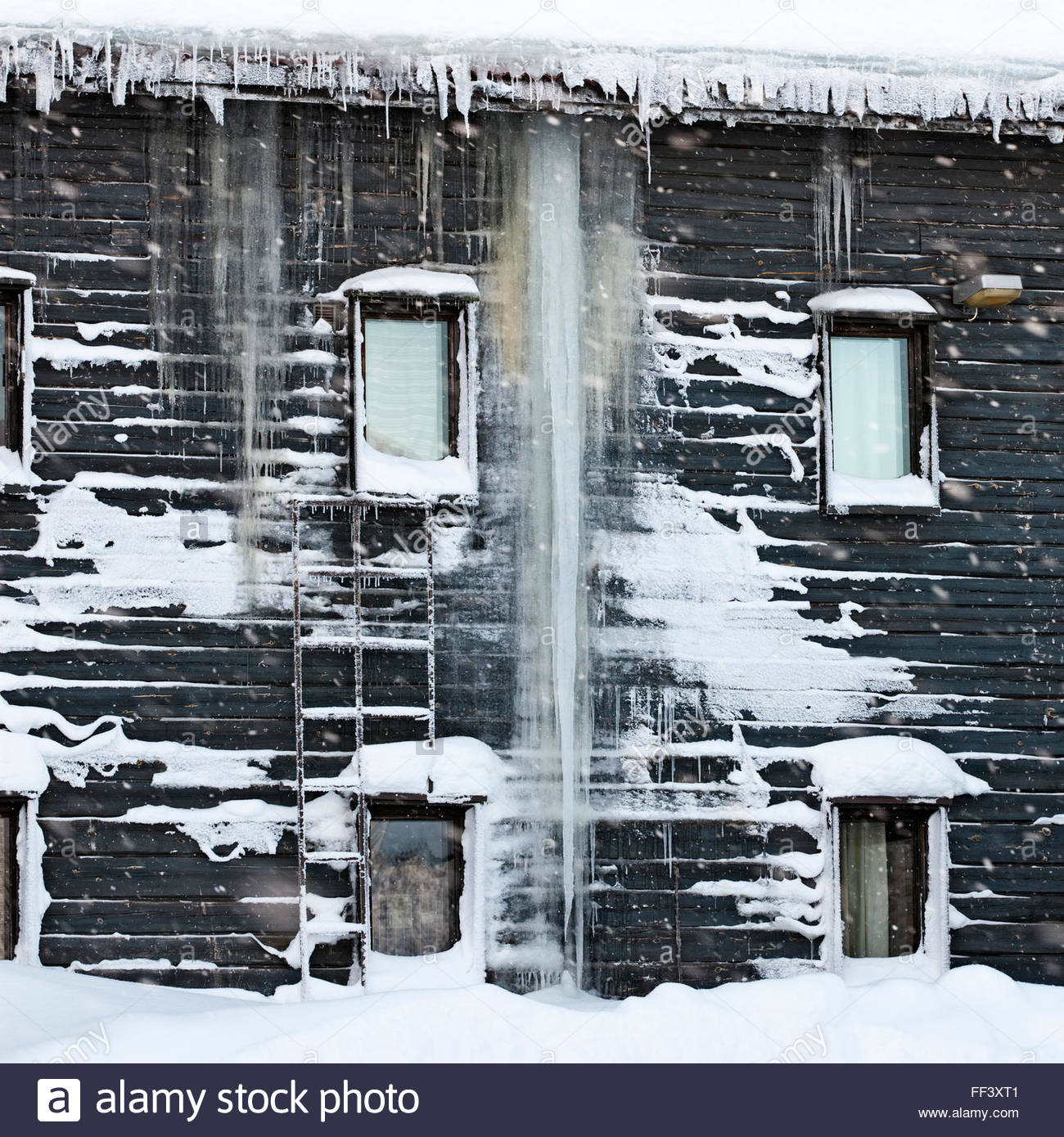 Heat loss at an old building - Stock Image