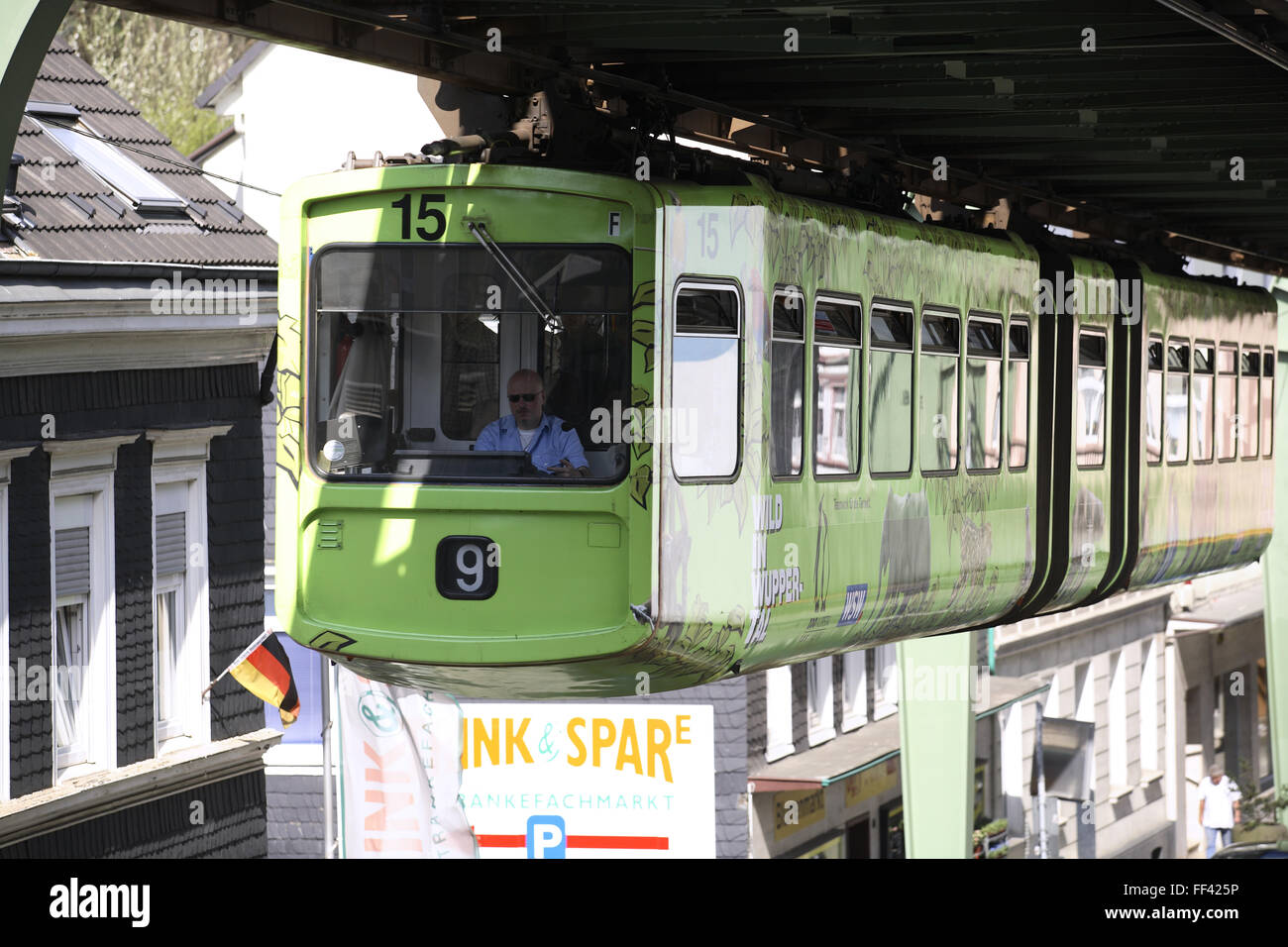 DEU, Germany, North Rhine-Westphalia, Wuppertal, the suspension railway in the district Vohwinkel above the Kaiser Stock Photo