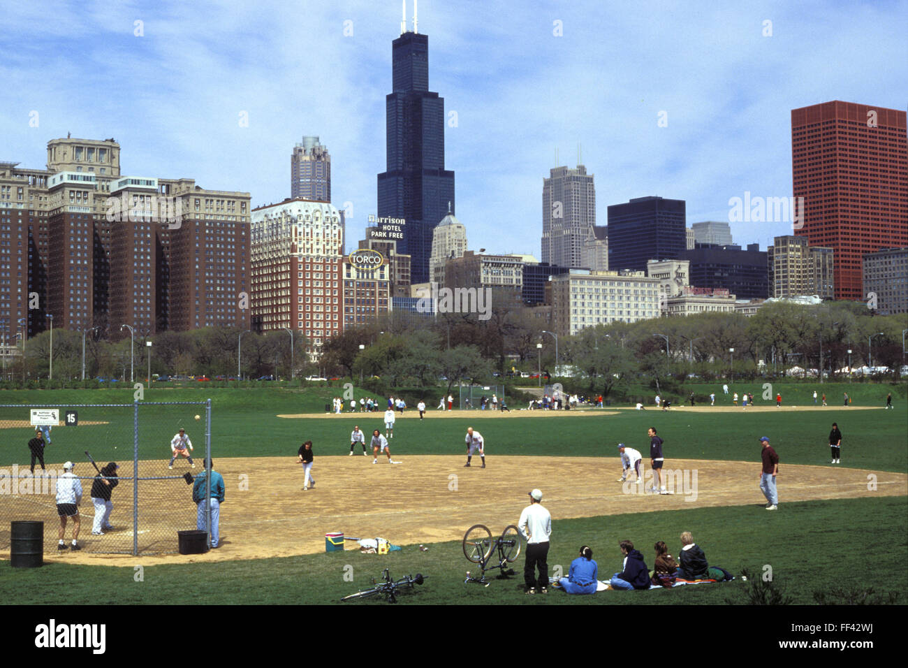 USA, United States of America, Chicago, the Grant Park and buildings at the Columbus Drive, behind the Sears Tower. - Stock Image