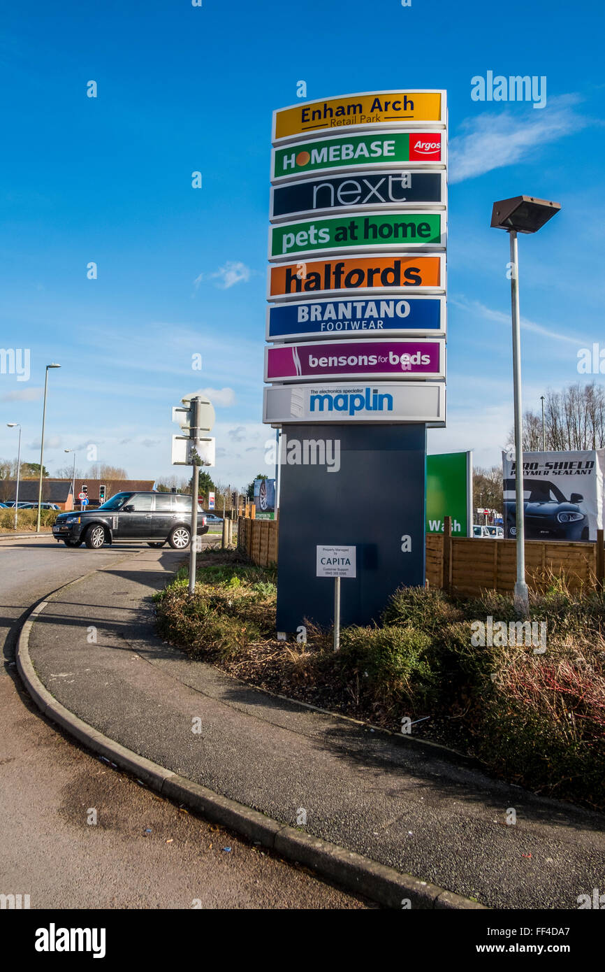 Enham Arch Retail Park, Andover, Hampshire - Stock Image