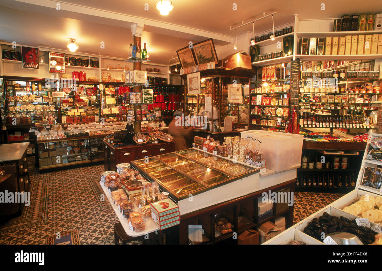 Food and wines and fine deserts  in Epicerie shop in Paris - Stock Image