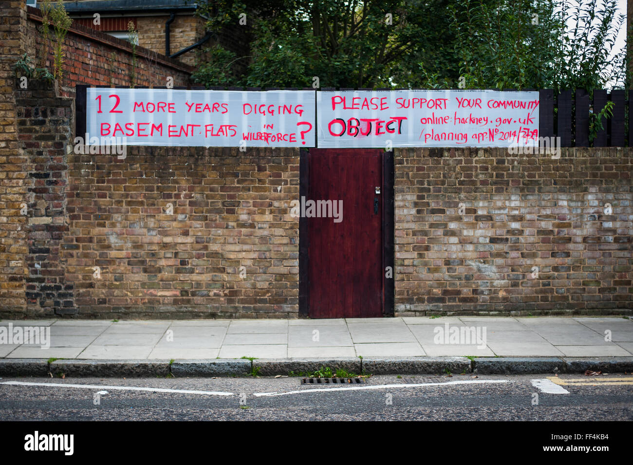 Neighbourhood objection to the construction of basement flats, Finsbury Park, London - Stock Image
