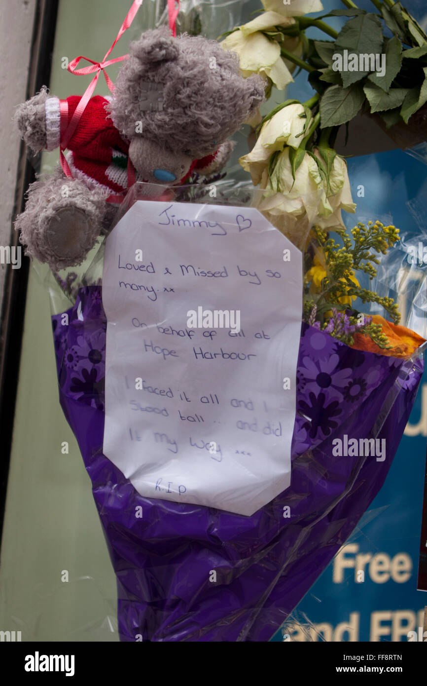 Donegall place, Belfast, 11th February 2016. Flowers and a teddy bear left at the  spot where Homeless Belfast man - Stock Image