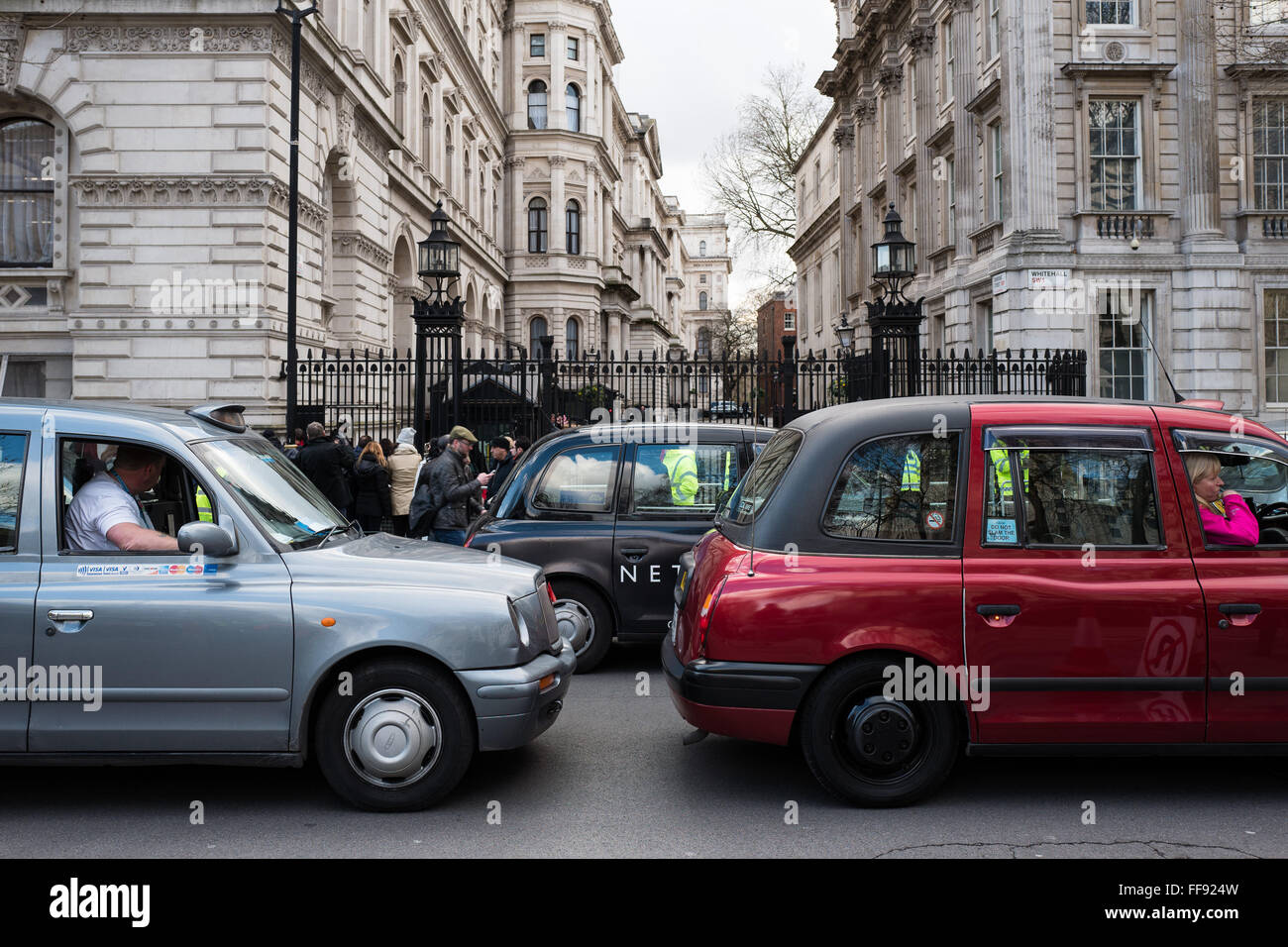 how to become a black cab driver