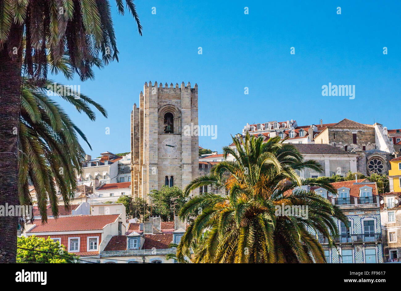 Portugal, Lisbon, view fortress like towers of Lisbon Cathedral dominating the Encosta da Se neighbourhood Stock Photo