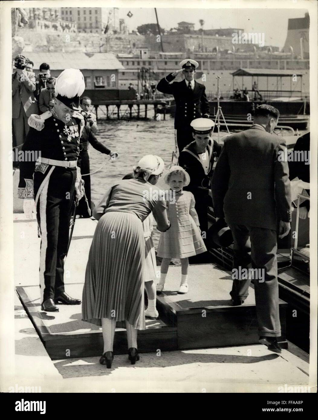 1964 - Prince Charles and Princess Anne watch Malta Parade.: Prince Charles and Princess Anne come ashore at Custom - Stock Image