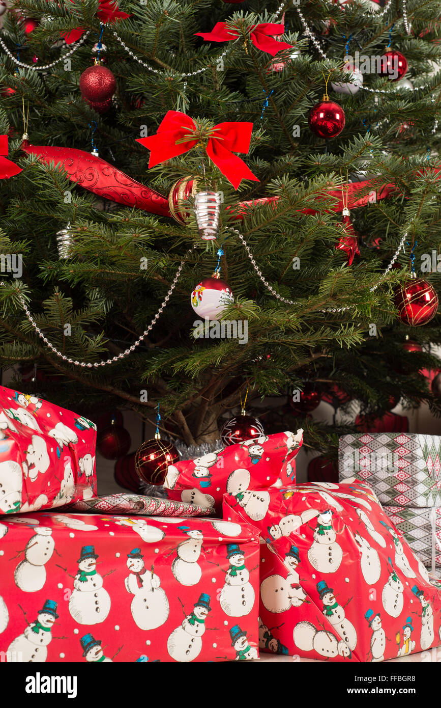 Beautiful Natural Christmas Tree With Decorations And Gifts Under Stock Photo Alamy