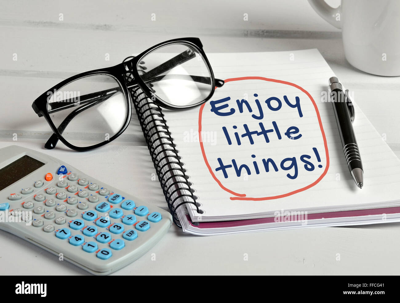 Enjoy the little things word on notebook page - Stock Image