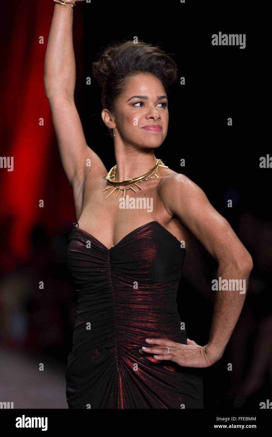 New York, NY, USA. 11th Feb, 2016. Misty Copeland on the runway for Go Red For Women Red Dress Collection 2016  - Stock Image